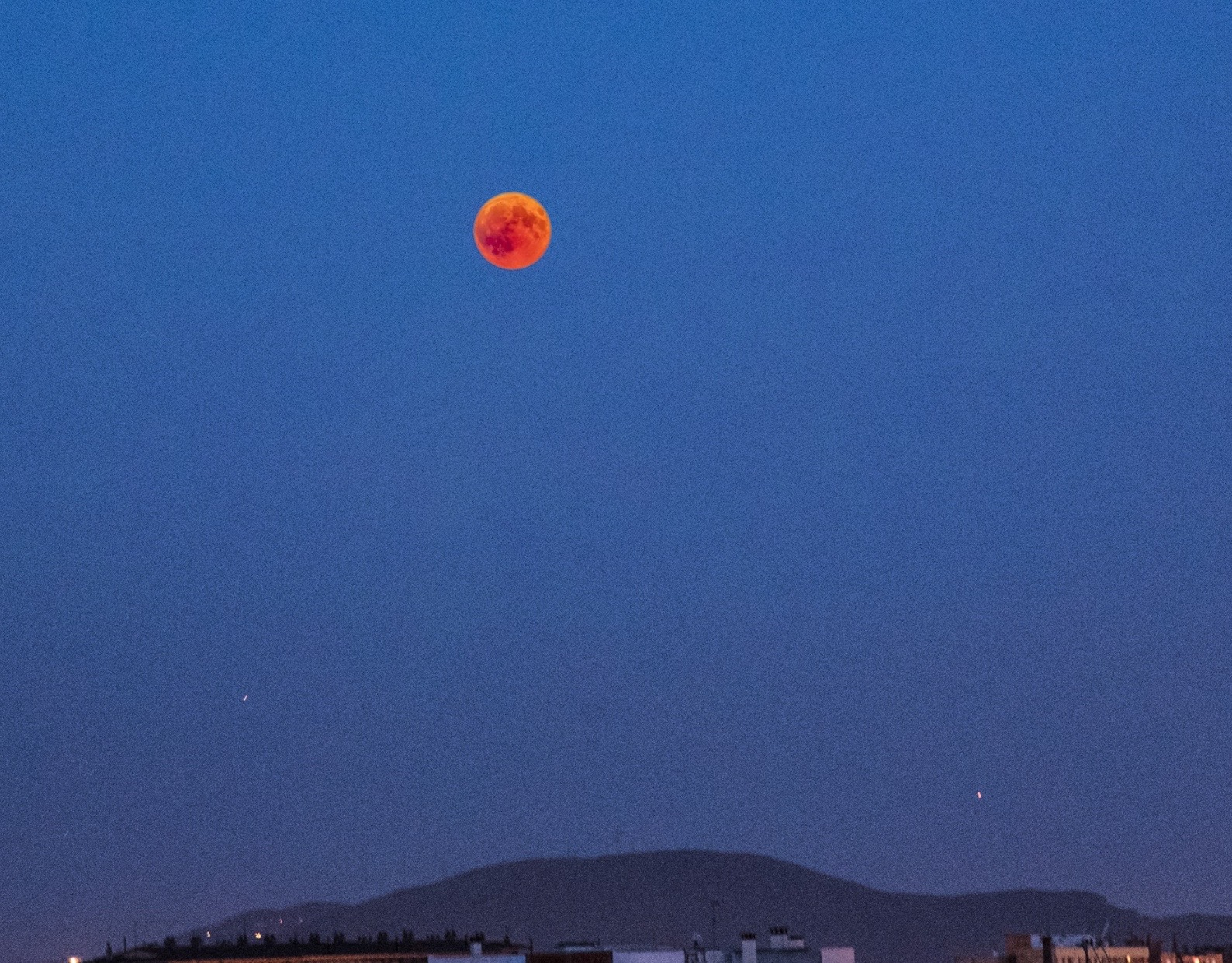 Lluna vermella…
